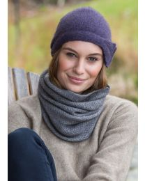 Noble Wilde Possum Merino Moss Neckwarmer